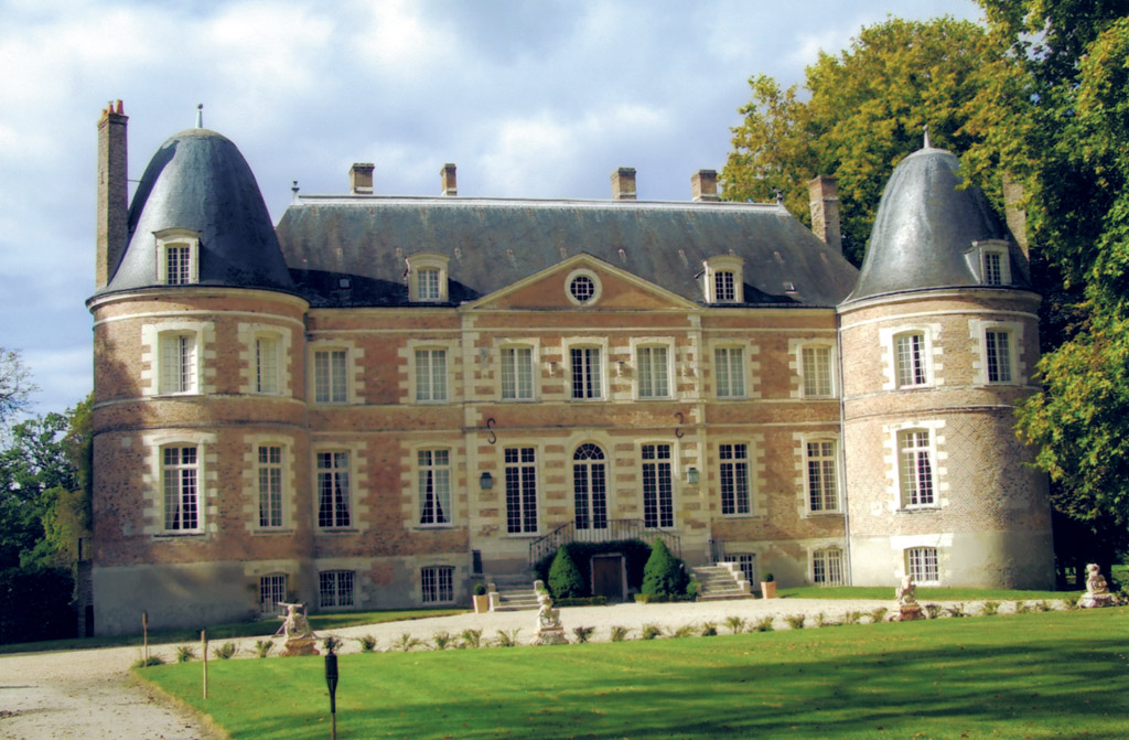 Ch teau de la fert beauharnais bed breakfast in la fert beauharnais - Chateau de beauharnais ...