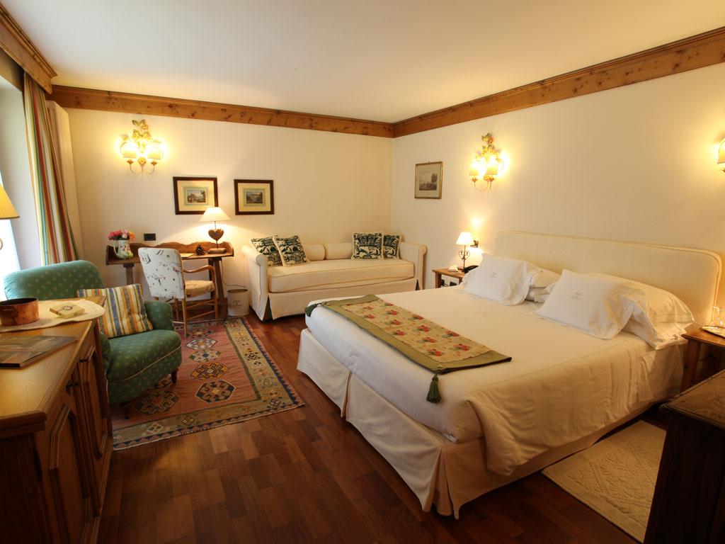 Auberge de la maison hotel in courmayeur valle d 39 aosta for Auberge de la maison courmayeur italie