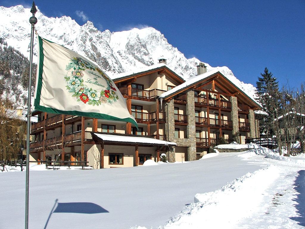 Auberge de la maison hotel in courmayeur valle d 39 aosta for Design hotel valle d aosta